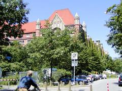 Fotos von der ehem. Fernsprechzentrale, Post in der Schlüterstraße von Hamburg Rotherbaum (2002).