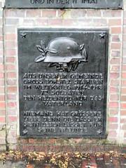 Denkmal  Licentiatenberg im Hamburger Stadtteil Groß Borstel.  (2002)