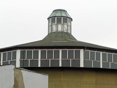 Die Schilleroper ist ein denkmalgeschütztes Zirkus-Theater in Hamburg-St. Pauli. (2002)