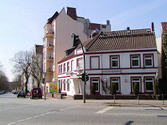 Älteres Bild von der Eckbebauung an der Himmelstraße / Ohlsdorfer Straße in Hamburg Winterhude.