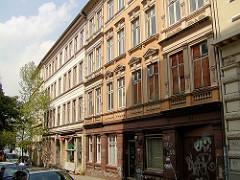 Historische Wohnbebauung, einfache Gründerzeitarchitektur in der Trommelstrasse von Hamburg St. Pauli - die Gebäude mit günstigem Wohnraum wurden 2004 abgerissen.