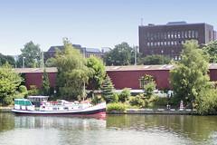 Fotos vom Verlauf der Bille in Hamburg; Hausboot am Bullerdeich in Hammerbrook.