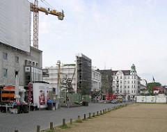 Abriss am Spielbudenplatz in Hamburg St. Pauli, Baulücke- Bauvorbereitung für das neue Schmidt-Theater.