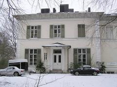 Historische Amsinck Villa im Amsinckpark von Hamburg Lokstedt; erbaut 1870 - Architekt Martin Haller.