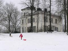 Winter in Hamburg! Historische Amsinck Villa im Amsinckpark von Hamburg Lokstedt; erbaut 1870 - Architekt Martin Haller.
