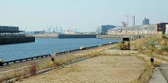 Versmannkai / Baakenhafen, Hafenbecken im Hamburger Hafen.