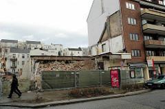 Abriss vom Gebäude des ehem. Gloria Kinos in Hamburg Winterhude / Alsterdorfer Straße.