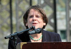Rede der Kultursenatorin Karin von Welck anlässlich der Einweihung der Skulpturen an der Brooksbrücke.