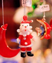 Weihnachtsschmuck auf den Hamburger Weihnachtsmärkten in der Innenstadt (2006).