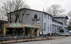 Empfangsgebäude vom Bahnhof Hamburg Wandsbek, eröffnet 1865.