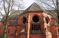 Apsis der leerstehenden Heiligen Geistkirche iin Hamburg Barmbek; das Gebäude wird für den Abriss vorbereitet.
