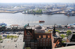 Blick auf die Elbe in Hamburg St. Pauli - Rückseite der ehem. Navigationsschule.  (2009)