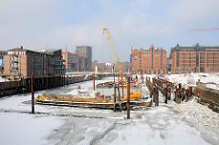 Magdeburger Hafen - Bauvorbereitungen für das Elbtorquartier / Elbtorpromenade im Winter.
