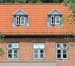 Lawaetzhaus an der Straße Neumühlen in Hamburg Ottensen  (2010)..