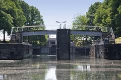 Bilder aus dem Hamburger Stadtteil Hammerbrook; Blick auf die Hammerbrookschleuse - Verbindung vom Mittelkanal zum Oberhafenkanal. Die Schleuse wurde 1847 nach Plänen von Johann Hermann Maack errichtet - dient heute als Stauwehr und steht unter Denkm