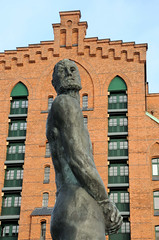 Fotos vom Störtebeker-Denkmal in der Hamburger Hafencity.