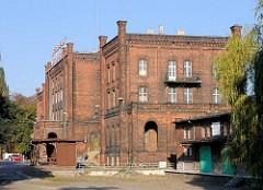 Alter Ziegelbau - Bahnhof Breslau Odertor - Nadodrze Station Breslau. Errichtet 1868, umgebaut 1912.