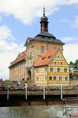 Altes Rathaus Bamberg - ursprünglich erbaut 1387, im Stil des Barock und Rokoko um 1756 umgestaltet.