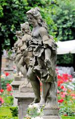 Skulpturen Rosengarten Bamberg - neue Residenz, antiken Mythologie - entstanden 1760–1761, Bildhauer Ferdinand Tietz.