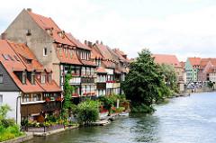 Bilder aus Bamberg - historische Wohngebäude an der Regnitz.