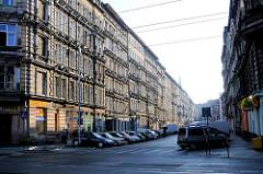 Hausfassaden, Wohnhäuser - Blick in eine Strasse Breslau, Wroclaw - Polen.