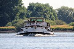 Binnenschiff IDEAL in Fahrt auf der Elbe.