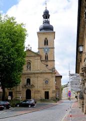 St. Jakobkirche in Bamberg - sie ist die im Kern älteste noch erhaltene Kirche Bambergs. Die Jakobskirche stammt aus dem Hochmittelalter und wurde 1109 vollendet.