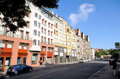 Moderne und historische Hausfassaden - Etagenhäuser in Bamberg.