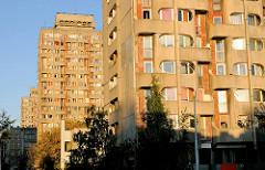 Wohnhäuser der Siedlung Grunwaldplatz / plac Grunwaldzi; erbaut von 1967 - 1975 - Architekten Jadwiga Grabowska-Hawrylak,  Zdzisław Kowalski, Włodzimierz Wasilewski.