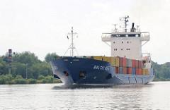 Containerfeeder BALTIC SEA auf dem Nord Ostsee Kanal.