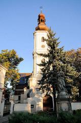 St.-Mauritius-Kirche (polnisch: Kościół św. Maurycego we Wrocławiu) ist eine römisch-katholische Pfarrkirche in Breslau, Wroclaw - Polen.