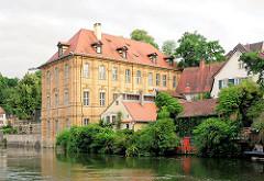 """Villa Hofkammerrat Johann Ignatz Tobias Böttinger an der Regnitz; erbaut ca. 1715 / Baumeister Dientzenhofer - jetzt Palast das """"Internationale Künstlerhaus Villa Concordia."""