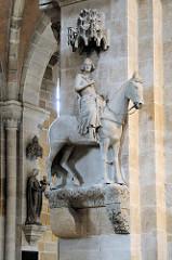 Bamberger Reiter - Steinskulptur aus der ersten Hälfte des 13. Jahrhunderts im Bamberger Dom.