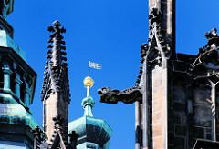 Gotische Dekorelemente - Bauschmuck am St. Veitsdom in Prag.
