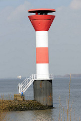 Leuchtfeuer am Stadersand / Elbe.