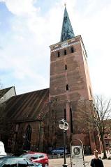 St. Marien Kirche in Uelzen - Dreischiffige, gotische Hallenkirche, 1292 geweiht / Kirchturm von 1400.