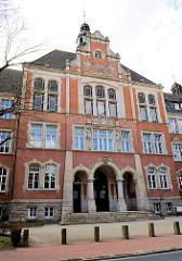 Fassade / Eingang der Theodor Heuss Realschule in Uelzen -