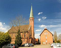 Katholische Kirche Zum göttlichen Erlöser in Uelzen - erbaut 1905.