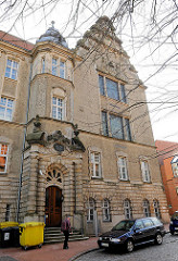 Eingang Amtsgericht und Landgericht Stade - Architektur der Gründerzeit.