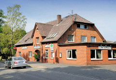 Gaststätte ZUM DORFKRUG / Alte Landstrasse in Ammersbek.