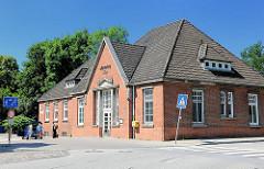 Bahnhof Ahrensburg West - Station der Walddörferbahn, eröffnet 1921.