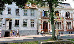 Historische Architektur in Glückstadt / Unterelbe - Wohnhäuser Am Fleth.
