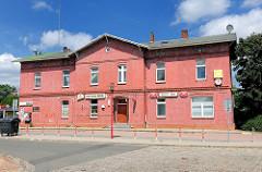 Alter Bahnhof - Ziegelgebäude Bramstedt, Kreis Pinneberg / Schleswig-Holstein.