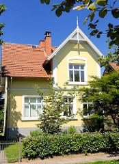Einzelhaus - Vorstadtvilla, Gründerzeit - Haus im Grünen, Bilder aus Ahrensburg, Kreis Stormarn.