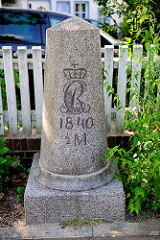 Dänischer Meilenstein von 1840 an der Trave in Bad Oldesloe -