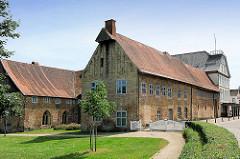 Rückseite Ehem. Ständesaal zu Schleswig; Rathaus der Stadt.