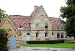 Rathaus von Kappeln - ehem. Mittelschule / Schulgebäude.