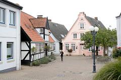 Historische Architektur - Fachwerkgebäude + Wohnhaus in der Mühlenstrasse in der Altstadt von Kappeln.