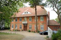 Historische Architektur auf der Domhalbinsel von Ratzeburg - Gästehaus Domkloster.