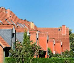 Giebelfenster - Architektur Neubauten - Bilder aus Harksheide / Norderstedt.